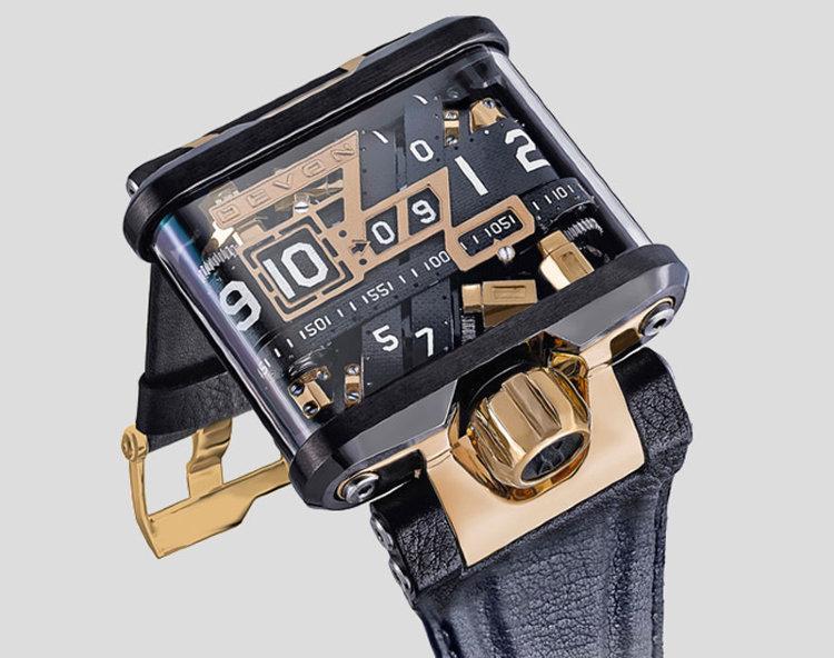 Решил купить стильные часы из новой коллекции, но вот беда, не хватало некоторой суммы.